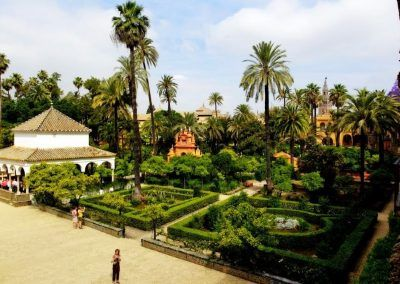 alcazar-seville-outside