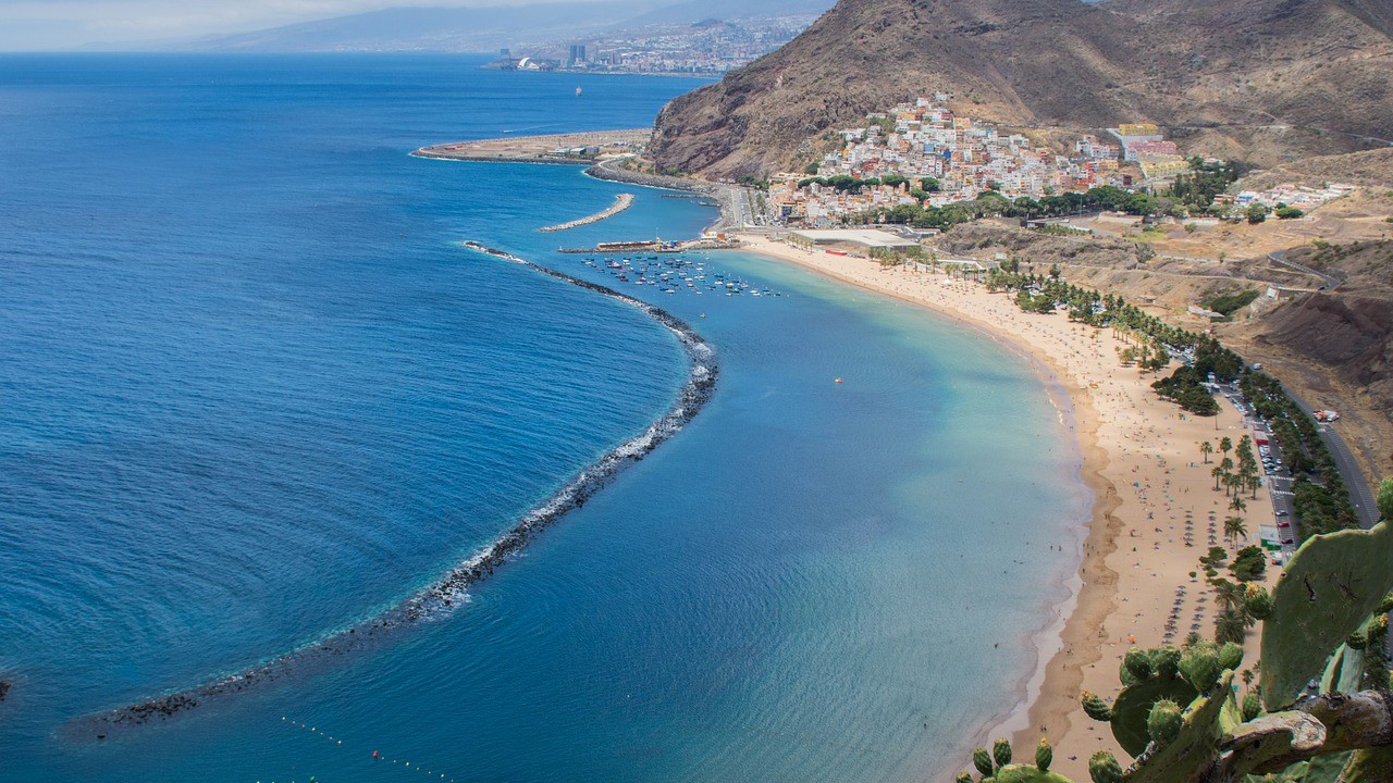7 Reasons to put Tenerife on your bucket list - playa